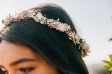 "Laden Sie das Bild in den Galerie-Viewer, Flowercrown ""Jeanne"""