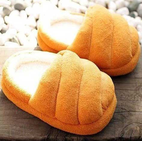 Bread Slippers - OddGifts.com