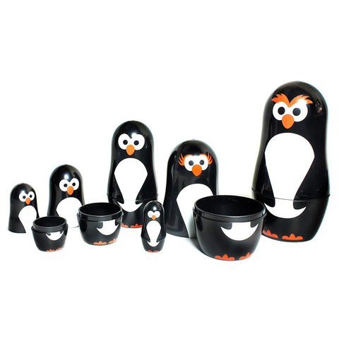 Set of 6 penguin nesting dolls - oddgifts.com