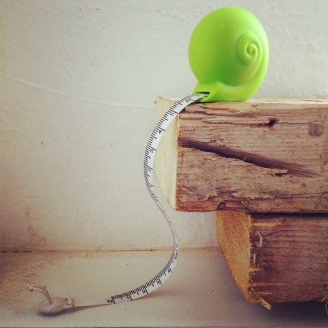 Snail Measuring Tape - OddGifts.com