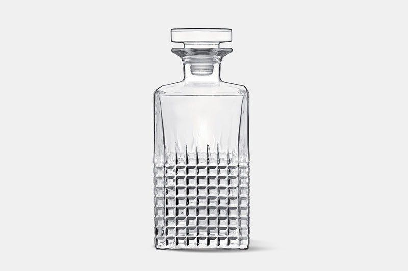 Charme – Decanter – 25.25 oz