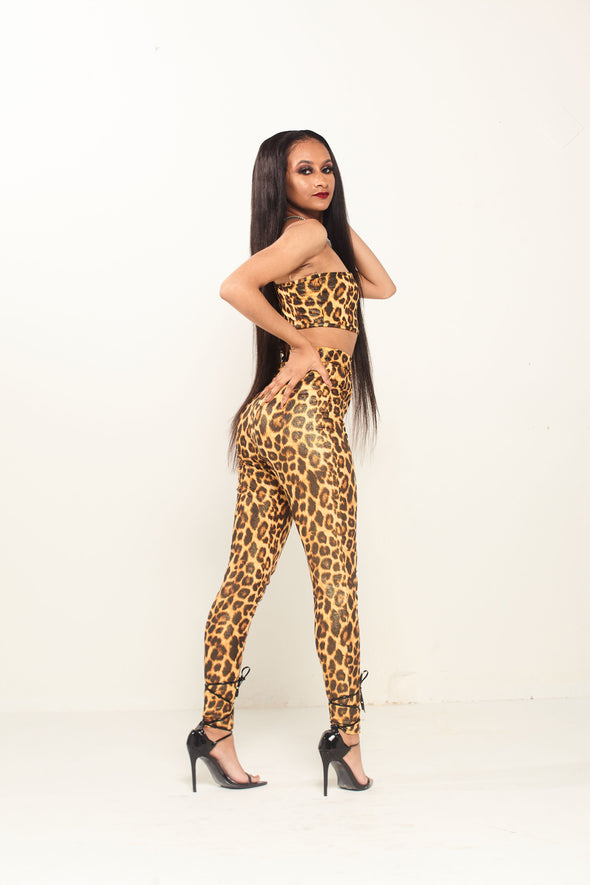 Cut out leopard print set