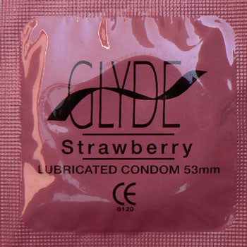 GLYDE | Ultra Strawberry - theCondomReview.com