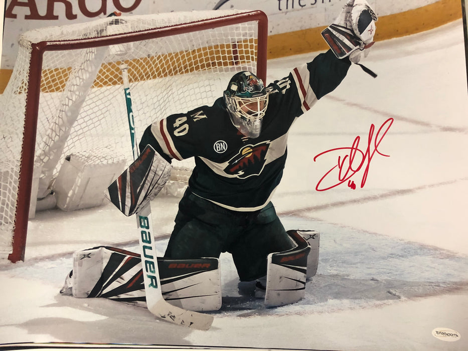 Devan Dubnyk Signed Goal Save 16x20 Photo