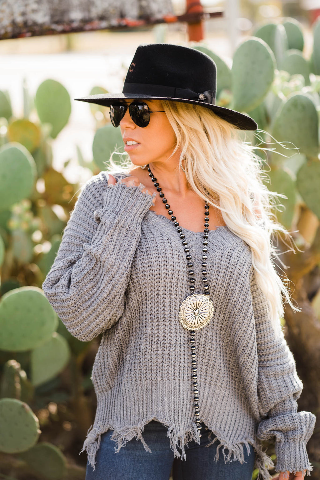 FRAYED GREY V-NECK SWEATER