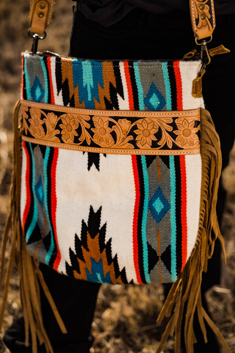 TWINED WHITE/ TURQUOISE SADDLE BLANKET SATCHEL
