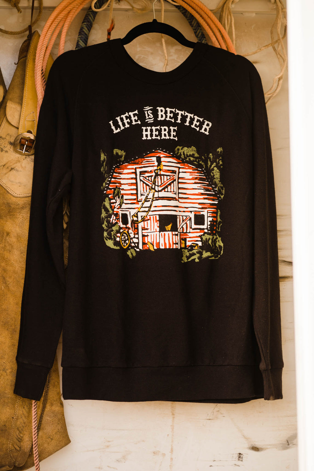 LIFE IS A BETTER HERE PULLOVEER