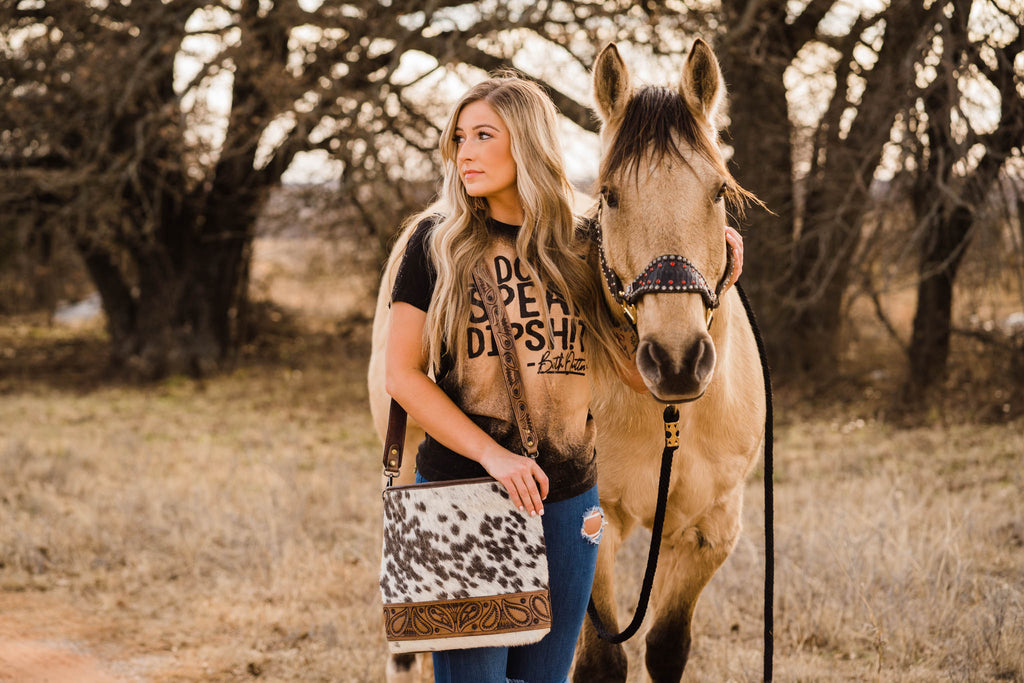 SPOTTED COWHIDE MESSENGER