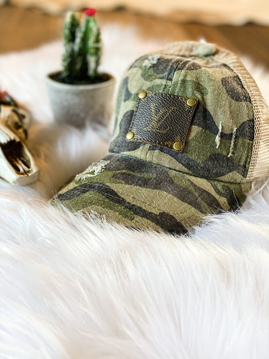 Camo Loui patch- ponycap