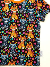 Load image into Gallery viewer, Rainbow fox t-shirt