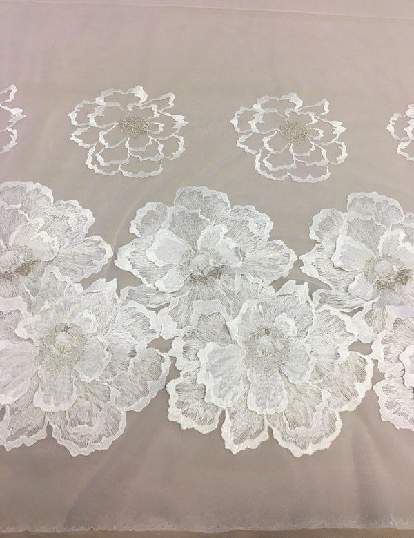 3D Embroidered tulle (1360) Ivory