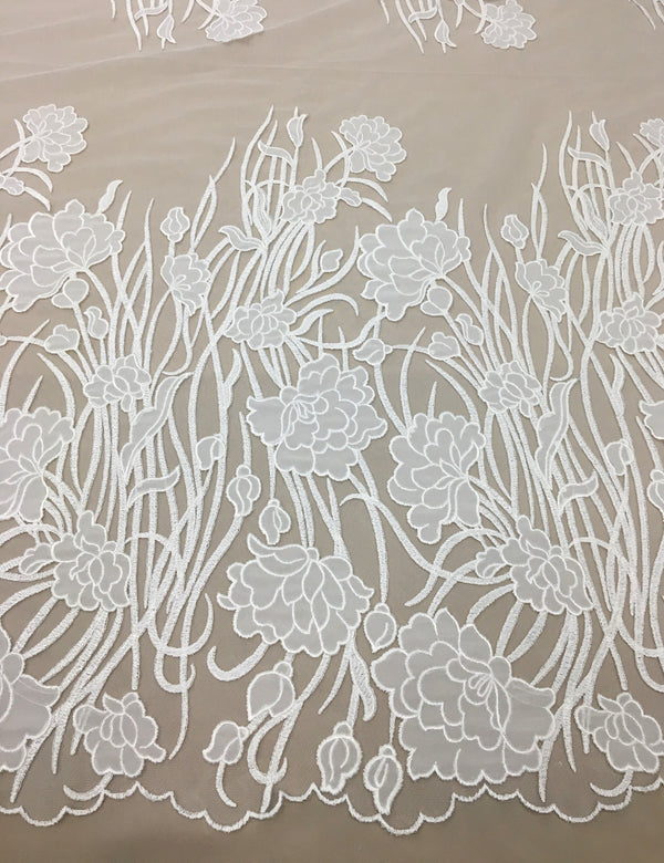 Floral embroidered tulle (W3126) Ivory