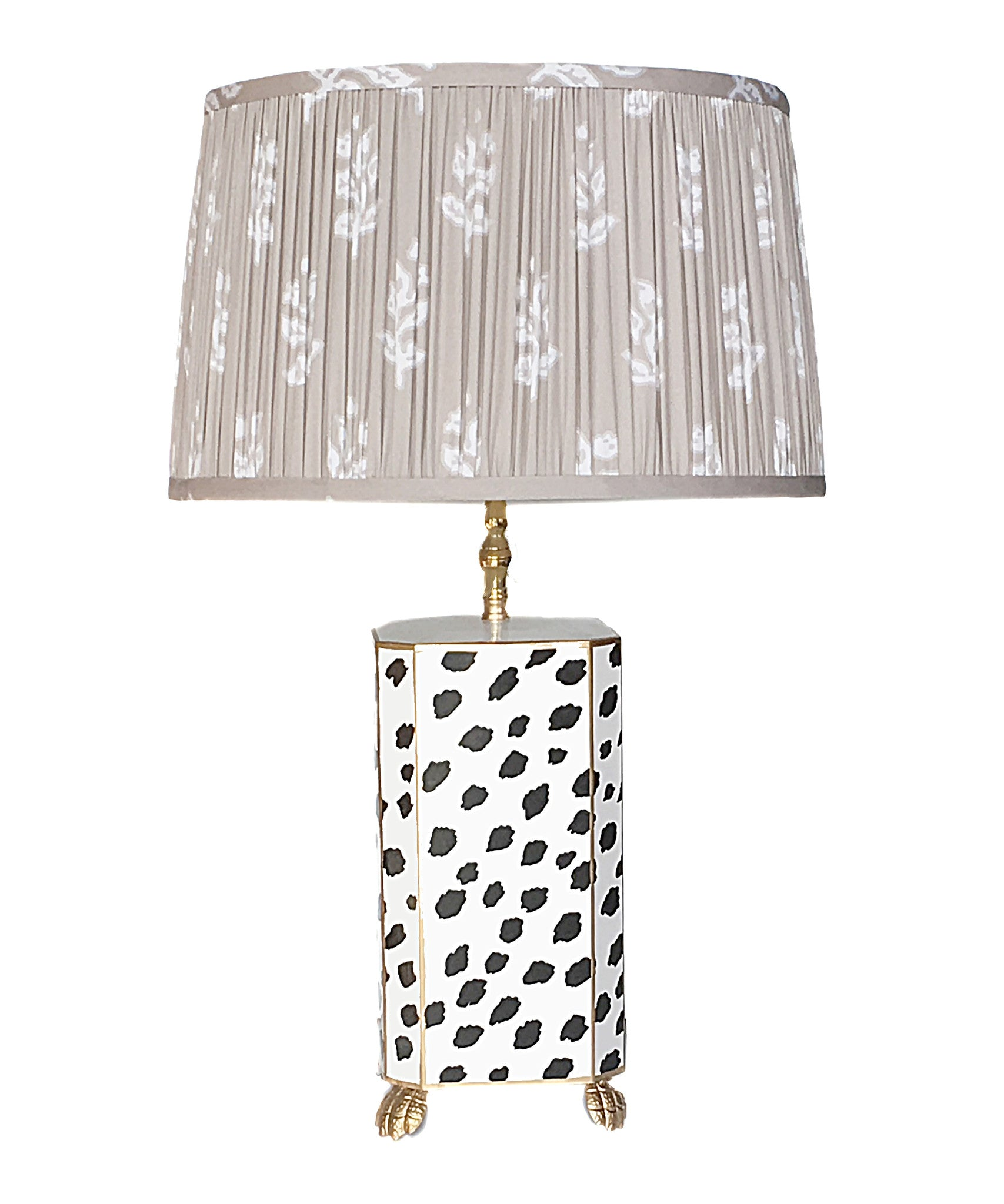 Black Fleck Lamp with Pleated Taupe Sprig Shade