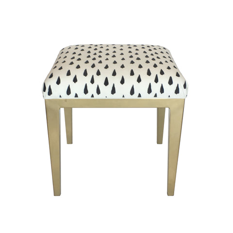 Frenchy Ottoman in White Minsk