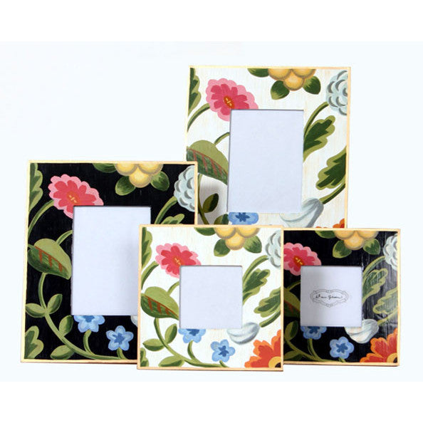 White  and Black Flower Picture Frames /Large