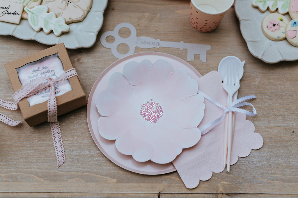 A Little Confetti Flower Plates