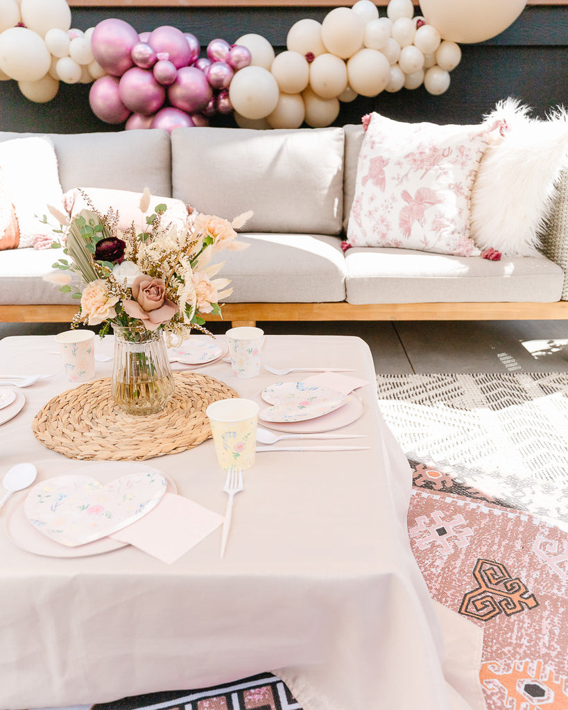 Boho Party with A Little Confetti Partwares