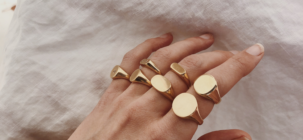 RUUSK solid gold signet rings