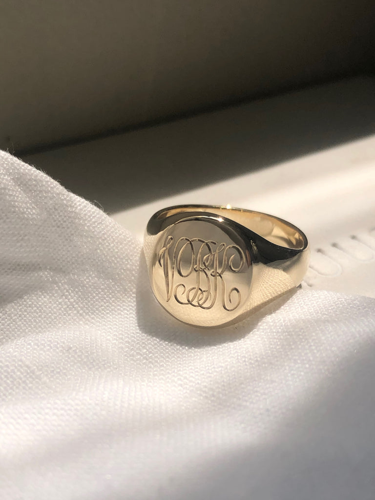 Classic Signet with hand engraving