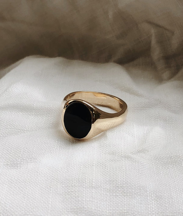 Onyx Large Signet ring