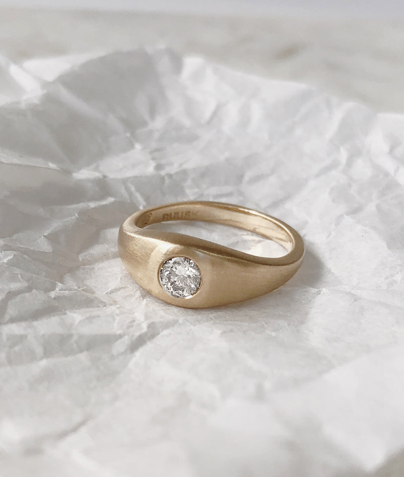 0.3ct Large Diamond Signet