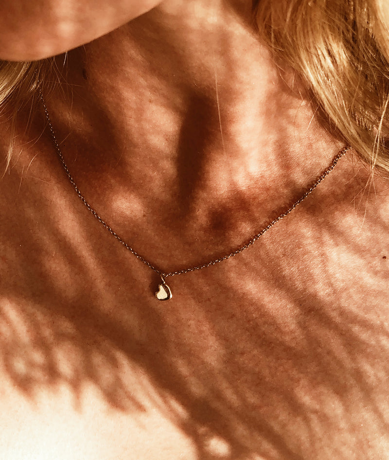 Plain Tiny Heart of Gold necklace