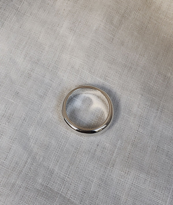 White Gold 5mm Round Band