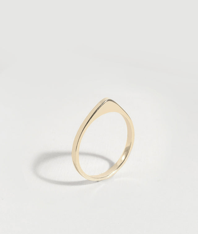 Yellow Gold Peak ring