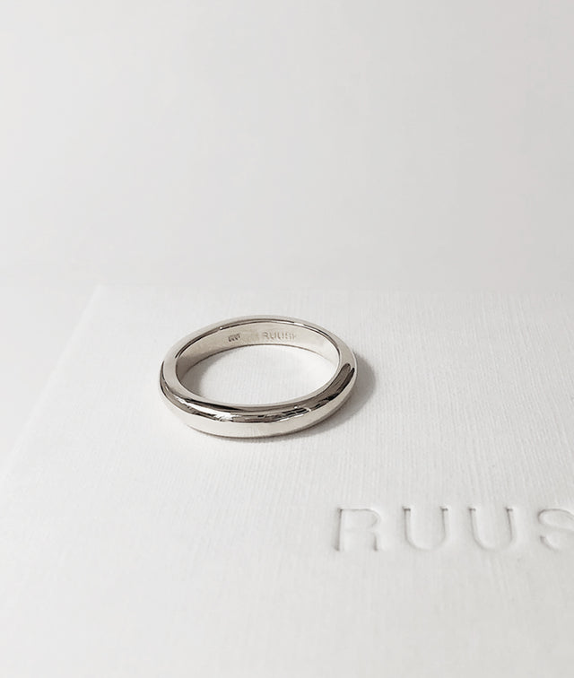 White Gold 3.5mm Round Band