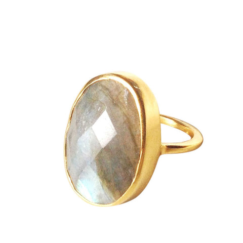 Amia Gold Labradorite Ring