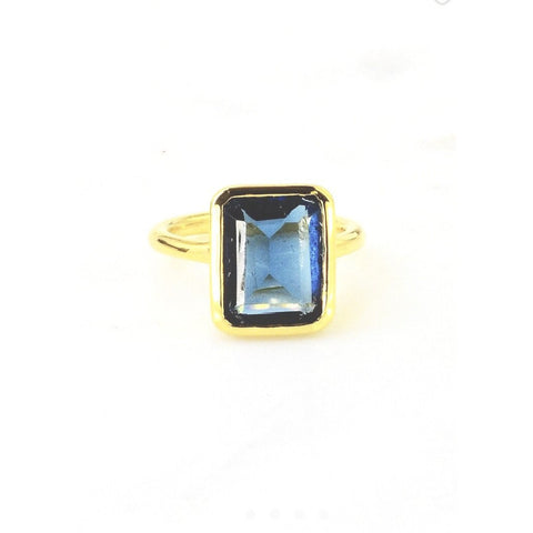 Amia Square Dark Blue Topaz Ring