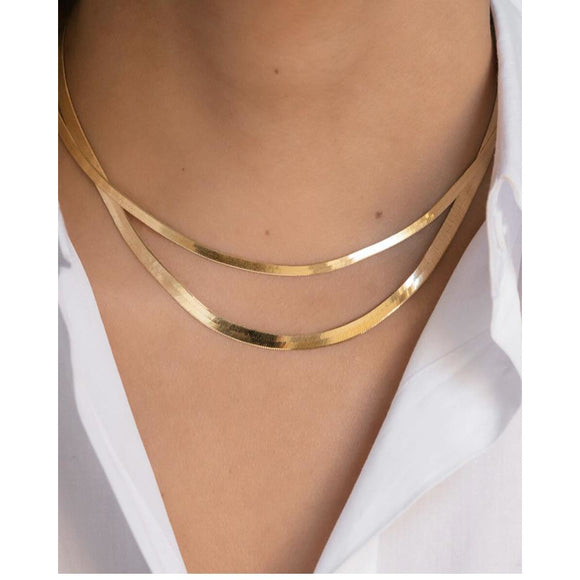 Ann Herringbone Gold Snake Necklace