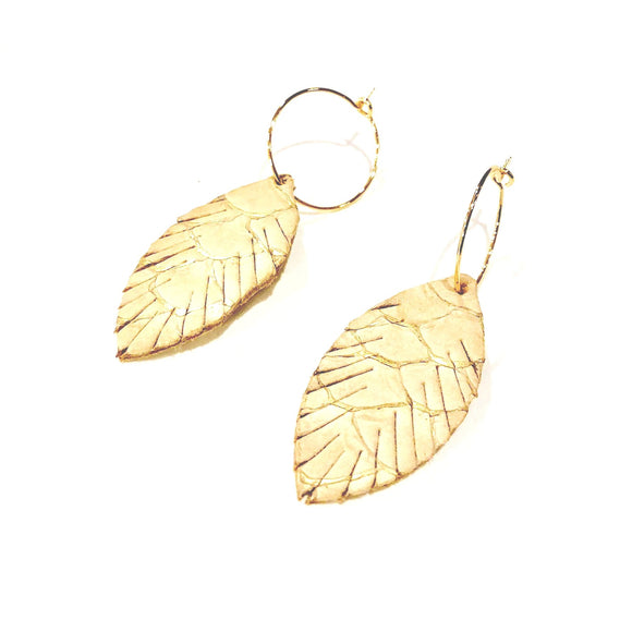Alyssa Gold Cork Feather Hoop Earrings