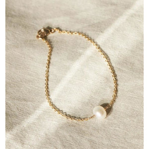 Addie Single Pearl Beaded Bracelet