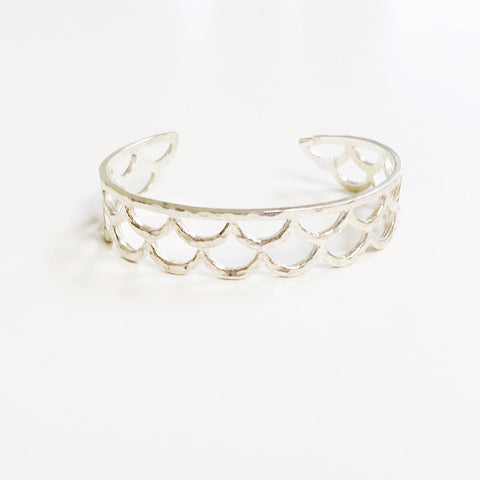 Waimea Mermaid Scale Cuff Braclet (Sterling Silver)