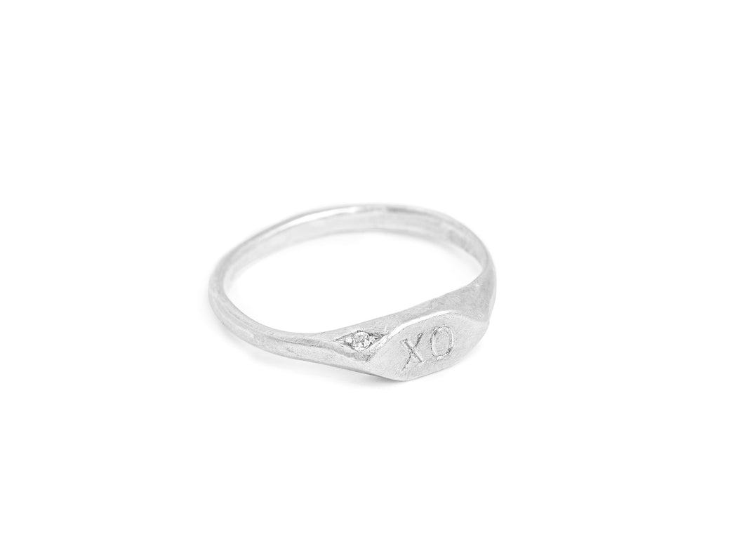 VANESSA LIANNE Single Diamond WEAR YOUR MANTRA Signet Ring