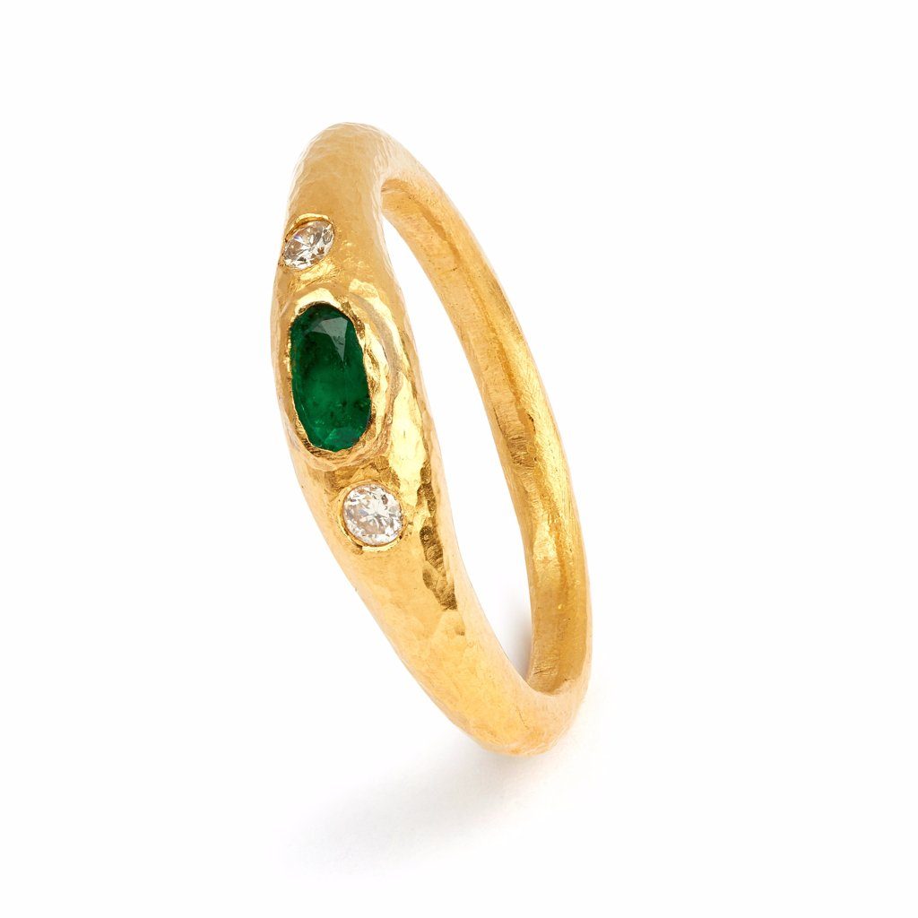 Love X Luxury Exclusive Emerald and Diamond Ring
