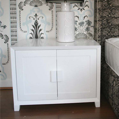Pedestal in Duco'd White