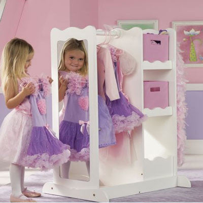 Superbe Girls Dress Up Closet