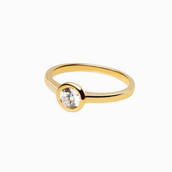 Iconic Ring Gold Zirconia White