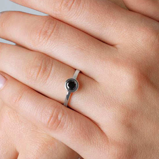 Iconic Ring Silver Zirconia Black