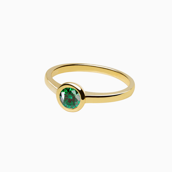 Iconic Ring Gold Zirconia Emerald