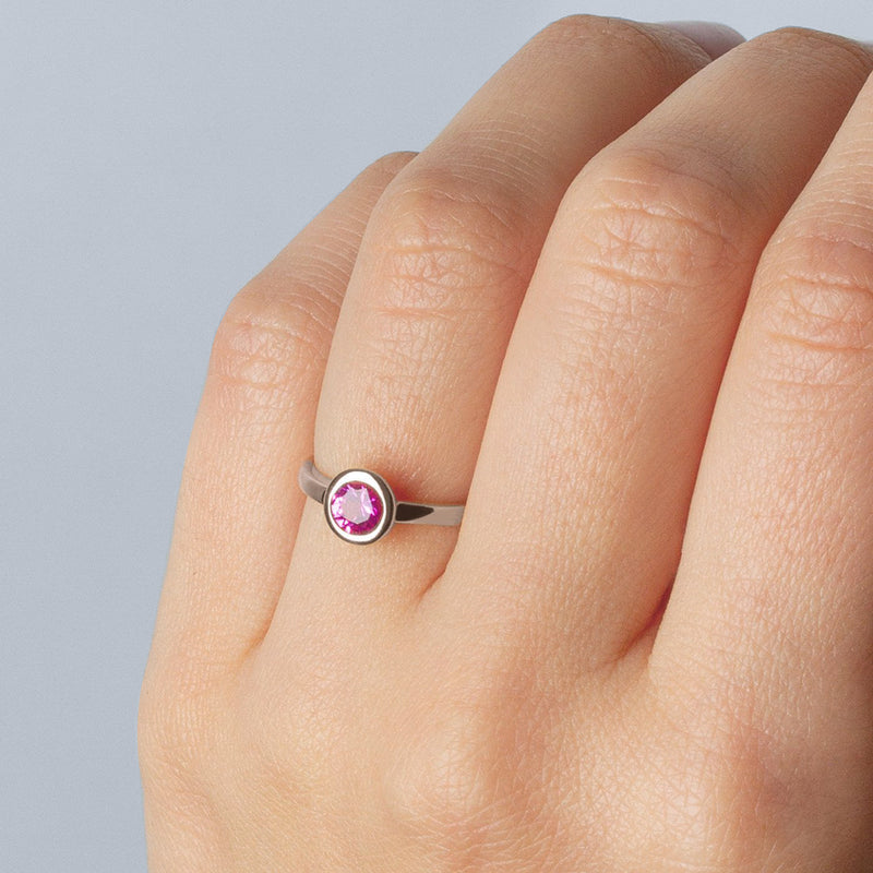 Ring Iconic Pink Zirconia Silver