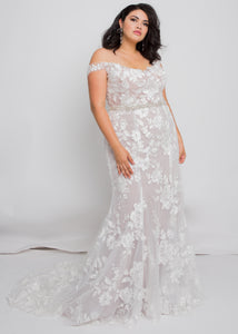 Gorgeous bridal gowns for all body shapes: plus size, curvy, or petite brides. Try on our wedding dresses at home. Size 0-30. Comfortable. Convenient. Fun. Lace or satin. Mermaid or A-line.  The soft lace pattern of this dress and the smooth, tailored fit would be sure to make jaws drop. This top and skirt can be customized by changing the lining between ivory, nude, or blush can completely change your look.
