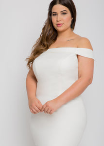 Gorgeous bridal gowns for all body shapes: plus size, curvy, or petite brides. Try on our wedding dresses at home. Size 0-30. Comfortable. Convenient. Fun. Lace or satin. Mermaid or A-line. This modern, straight take on the off the shoulder neckline is unique, with a simple elegance that makes it an easy pair to our skirts. The layered detailing of this trumpet skirt's hemline will dance right along with you.