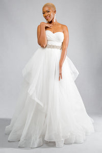 Gorgeous bridal gowns for all body shapes: plus size, curvy, or petite brides. Try on our wedding dresses at home. Size 0-30. Comfortable. Convenient. Fun. Lace or satin. Mermaid or A-line. With a sweetheart neckline and voluminous skirt, this combination is the perfect mix of chic and playful. Ruched chiffon sweetheart top, soft and supportive for your entire event. Horsehair tulle tiered skirt that comes alive with every movement.