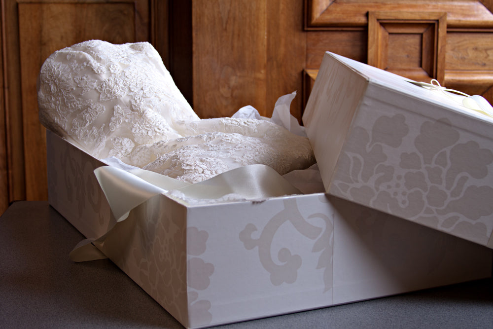 Wedding Dress Sample Box