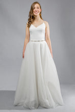Load image into Gallery viewer, sagrada top aniko skirt crepe tulle wedding dress