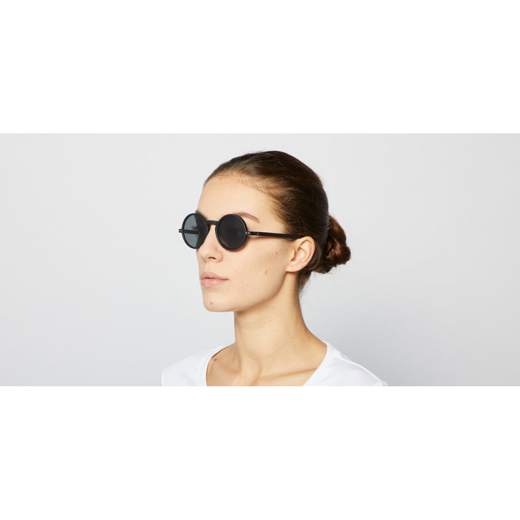 Black #G Round Sunglasses