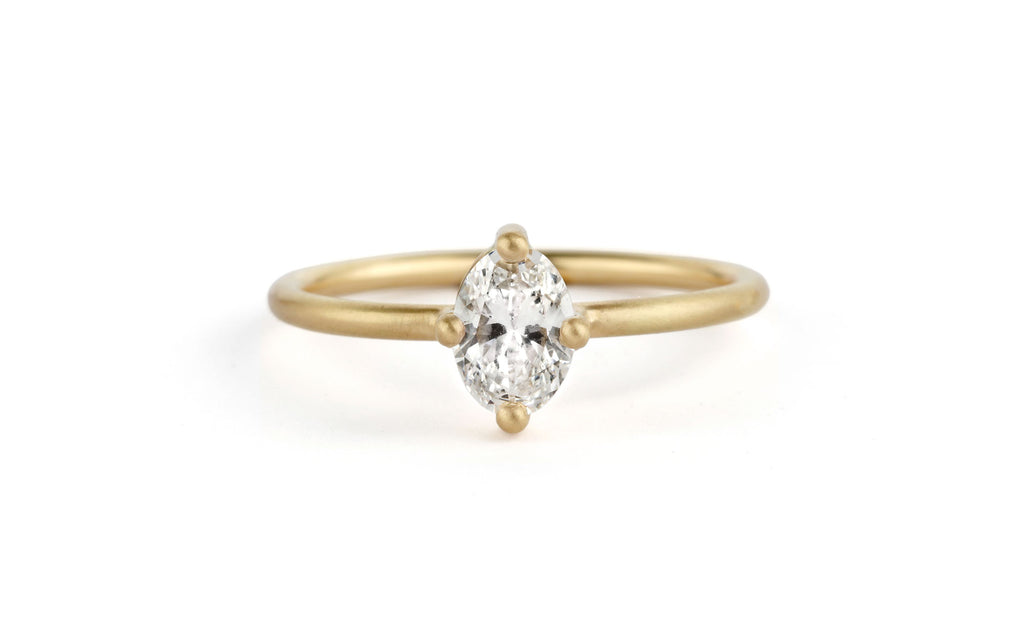 Diamond Oval Solo Ring